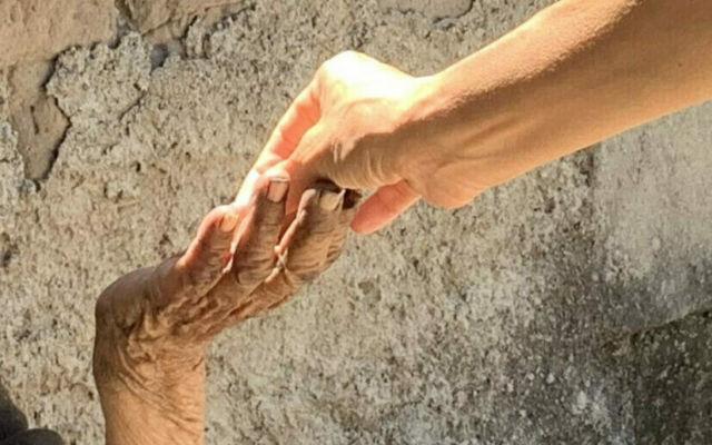 beautiful-hands-thegem-blog-masonry-1